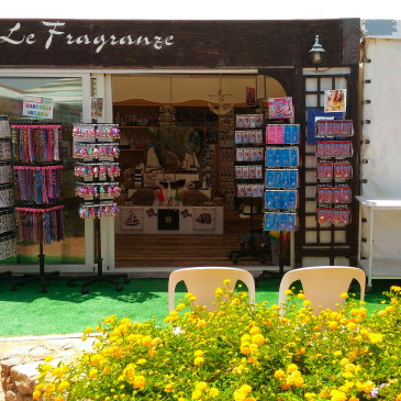 Zuffetti in Sardegna: tra onde sole e fantastici souvenir!